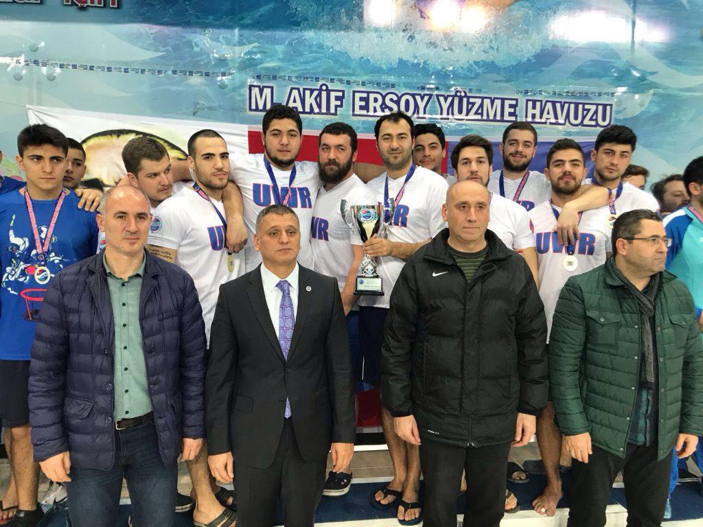 erkekler kategorisinde Kocaeli Deniz Yıldızları Spor Kulübü